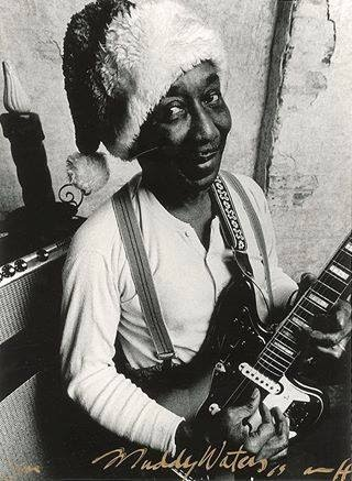 Muddy Waters Santa