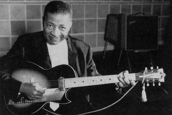 Lonnie Johnson B L U E S Com The Blues Community